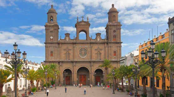 Name:  las palmas kathedrale versand.jpg Hits: 128 Größe:  38,9 KB